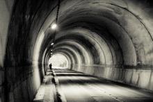 ονειροκρίτης, τούνελ